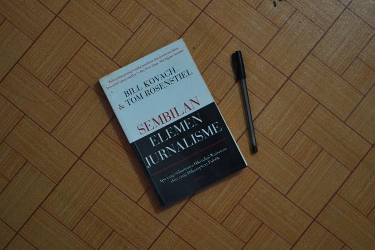 bill kovach buku sembilan elemen jurnalisme